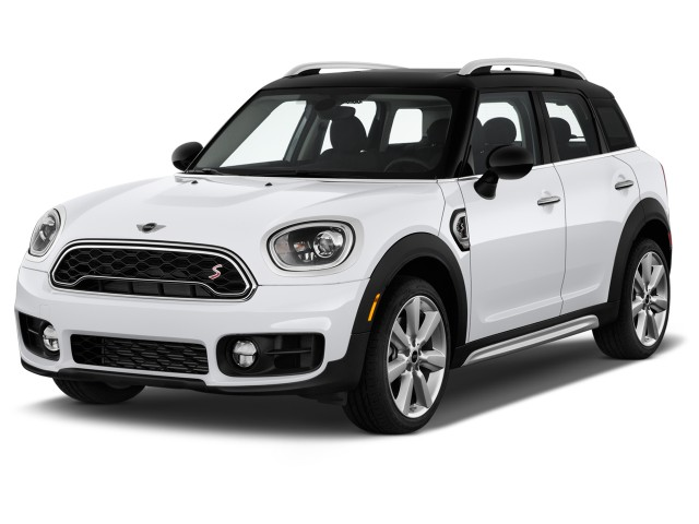 2017 Mini Cooper Countryman S Fwd Angular Front Exterior View