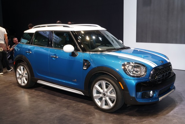 2017 Mini Countryman, 2016 Los Angeles auto show