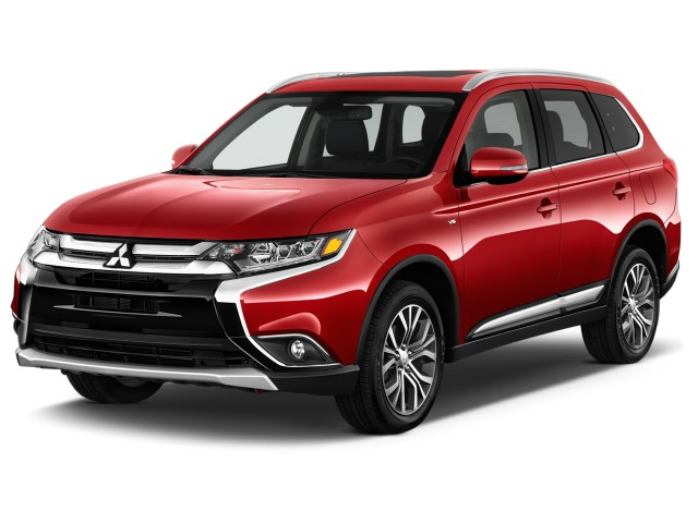 2017 Mitsubishi Outlander GT S-AWC Angular Front Exterior View
