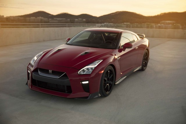 2017 Nissan GT-R Review, Ratings, Specs, Prices, and ...