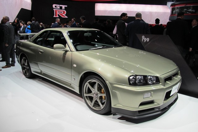 r34 nissan skyline gt r crashes at the n rburgring. Black Bedroom Furniture Sets. Home Design Ideas