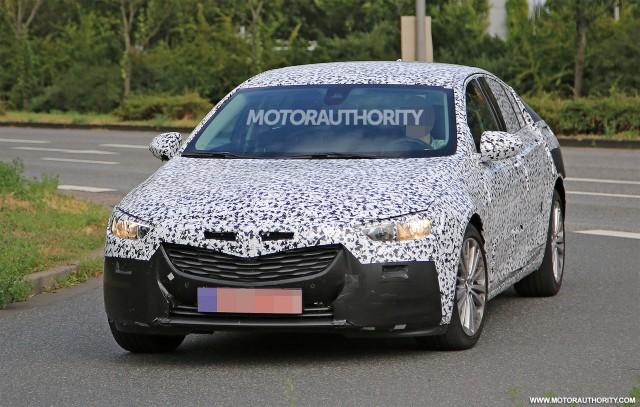 2017 Opel Insignia spy shots - Image via S. Baldauf/SB-Medien