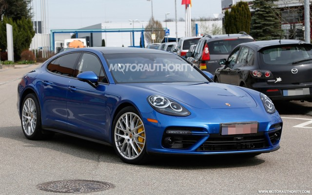 2017 Porsche Panamera Spy Shots