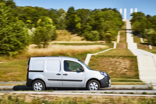 167b7e5cc5 Renault Kangoo ZE small electric van now on sale with longer range