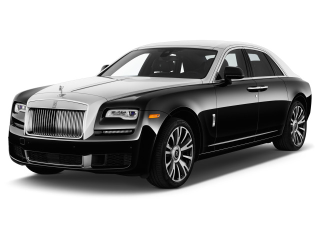 2017 Rolls-Royce Ghost Sedan Angular Front Exterior View