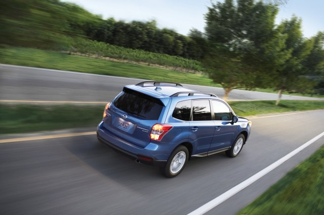 2017 subaru forester gas mileage inches up. Black Bedroom Furniture Sets. Home Design Ideas