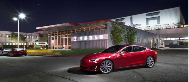 New Tesla Model S Version Rated At Miles Of Electric Range