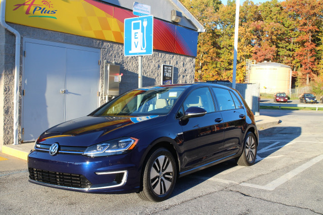 2017 Volkswagen e-Golf, Catskill Mountains, NY, Oct 2017