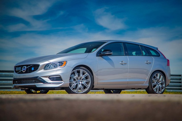 2011-2017 Volvo S60 and V60 recalled for doors that can open unintentionally