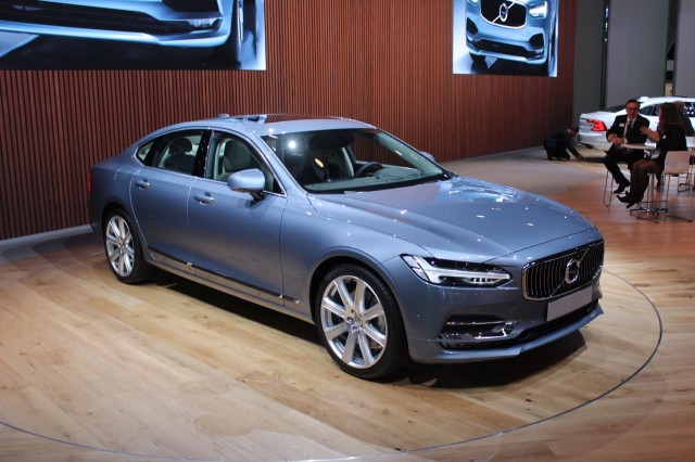 Volvo Throws Its Weight Behind Ccs Quick Charging Standard For