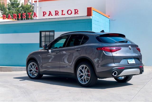 Alfa Stelvio Carplay >> What's New for 2018: Alfa Romeo
