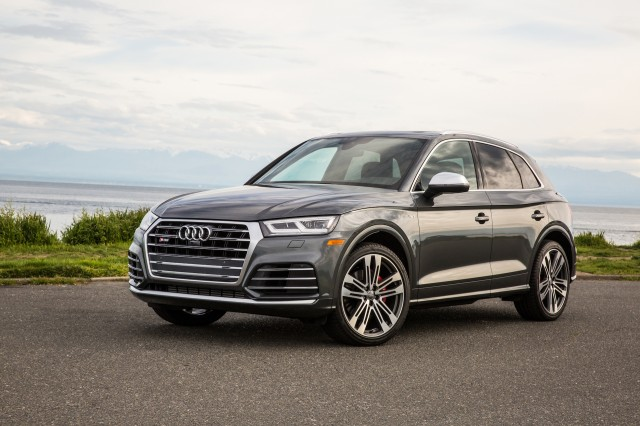 2018 audi sq5 first drive review practicality with a dash of performance. Black Bedroom Furniture Sets. Home Design Ideas