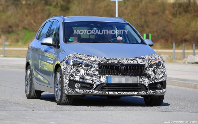 2018 BMW 2-Series Active Tourer facelift spy shots - Image via S. Baldauf/SB-Medien