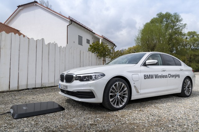 2018 bmw electric cars. unique bmw 2018 bmw 530e iperformance wireless charging with bmw electric cars