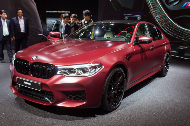 All Of The Wheels All Of The Power Meet The New 2018 Bmw M5