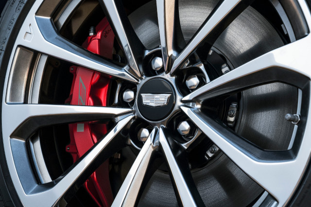 Cadillac celebrates 115th birthday with 2018 cts v glacier metallic edition - Cadillac cts v glacier metallic edition ...