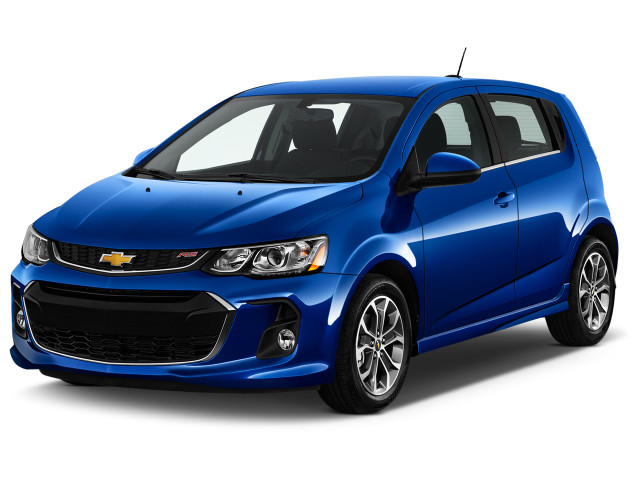 2018 Chevrolet Sonic 5dr Hb Auto Lt W 1sd Angular Front Exterior View
