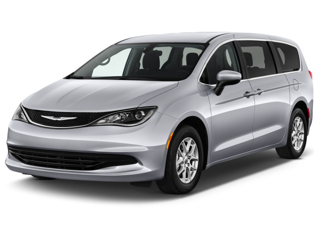 2018 Chrysler Pacifica LX FWD Angular Front Exterior View
