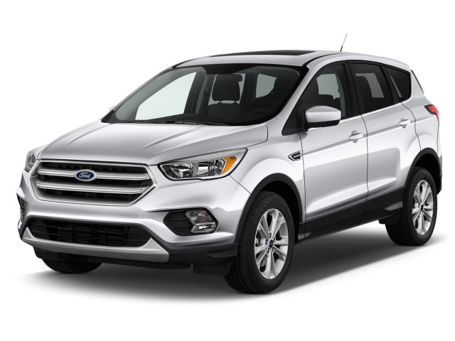 2018 Ford Escape SE 4WD Angular Front Exterior View