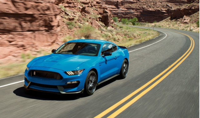 2018 Ford Mustang Shelby Gt350 Keeps Old Looks Gains New Colors