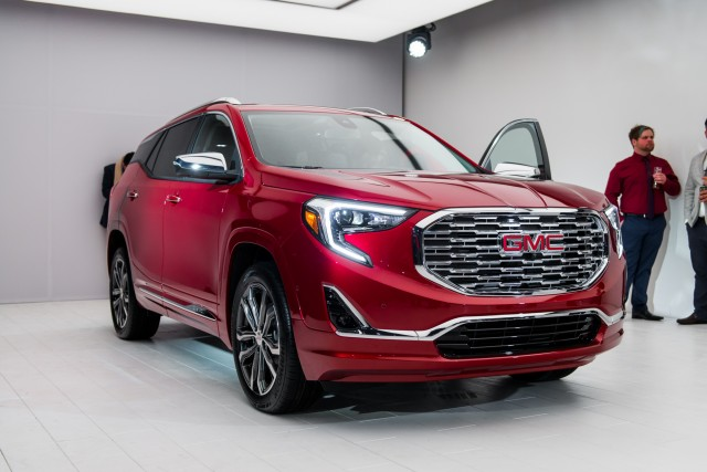 2018 GMC Terrain vs 2017 Ford Escape  The Car Connection