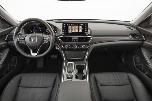 2018 honda accord hybrid first drive review lighter shade for Honda accord base model
