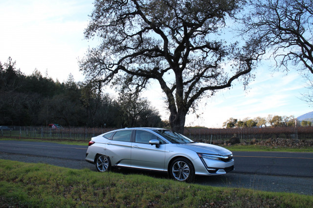 Which Honda Clarity Would You Buy Electric Plug In Hybrid Or Fuel