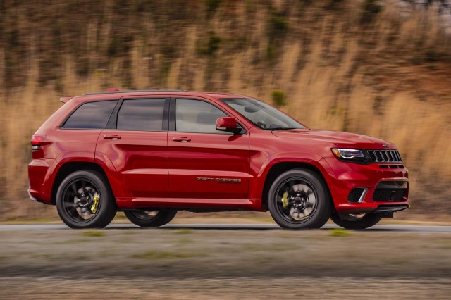 Jeep Grand Cherokee Trackhawk Amg Gt Vs Sls Acura Mdx Sport Hybrid Car News Headlines