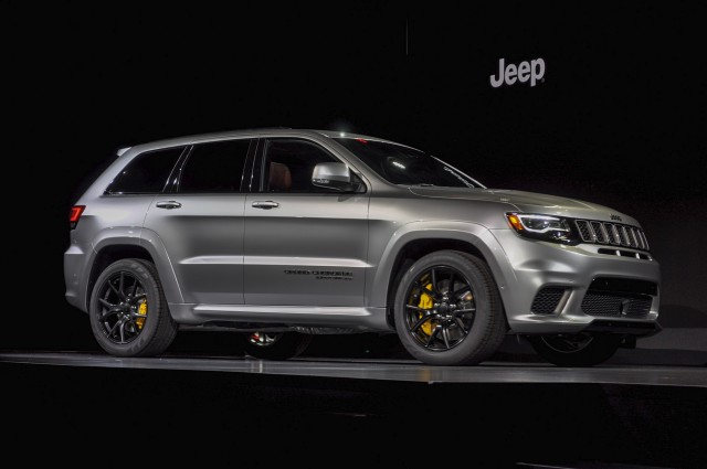 2018 Jeep Grand Cherokee Trackhawk Hellcat >> Hellcat Powered 2018 Jeep Grand Cherokee Trackhawk Arrives With 707