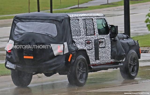 2018 Jeep Wrangler Unlimited Spy Shots   Image Via S. Baldauf/SB Medien
