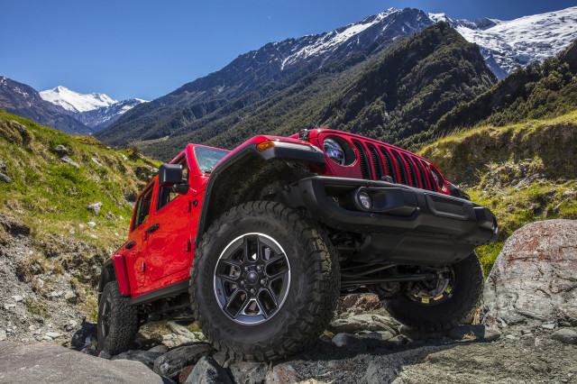 2018 Jeep Wrangler JL Exterior Accessories