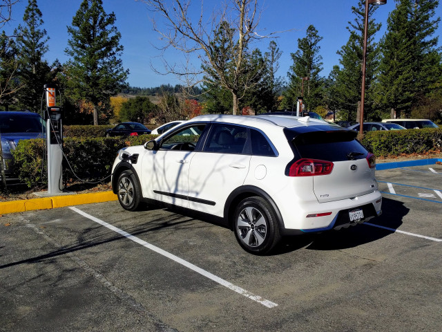 2018 Kia Niro Plug-In Hybrid charging at office park, Santa Cruz, California, Dec 2017