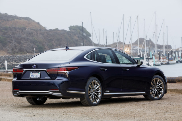 2018 Lexus Ls 500h Executive Package Hybrid