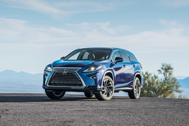 Lexus Rx Vs Acura Mdx >> 2018 Acura Mdx Vs 2018 Lexus Rx The Car Connection