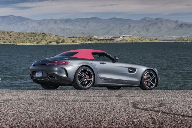 2018 mercedes amg gt c roadster first drive review a. Black Bedroom Furniture Sets. Home Design Ideas