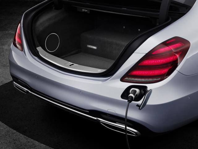 2018 Mercedes-Benz S560e
