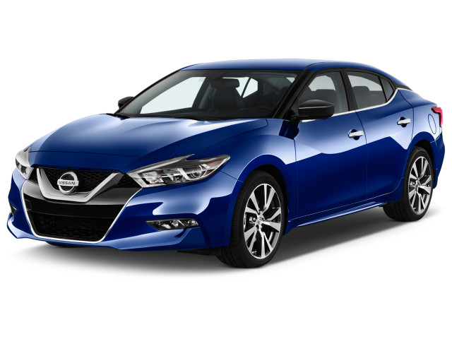 2018 Nissan Maxima S 3.5L Angular Front Exterior View