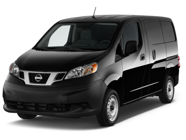 2018 Nissan NV200 I4 S Angular Front Exterior View
