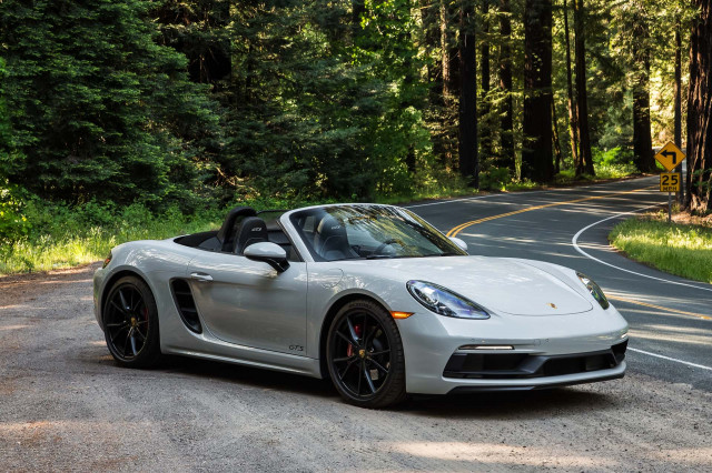 Leaked Documents Hint At 2019 Porsche Panamera Gts Cayman T