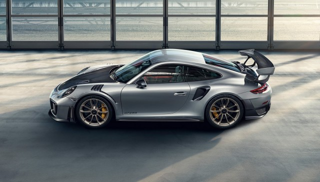 here are the top 5 reasons you ll love the porsche 911 gt2 rs