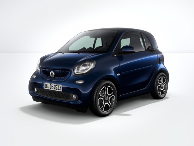 Special edition 2018 smart fortwo electric minicar marks for Mercedes benz smart fortwo