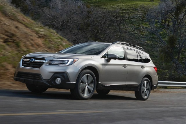 Subaru Outback Vs Buick Regal TourX Compare Cars - Subaru invoice price 2018 crosstrek