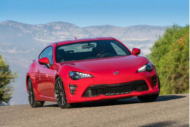 Next-Gen Toyota 86 and Subaru BRZ to debut in 2021