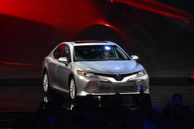 2018 Toyota Camry, 2017 Detroit auto show
