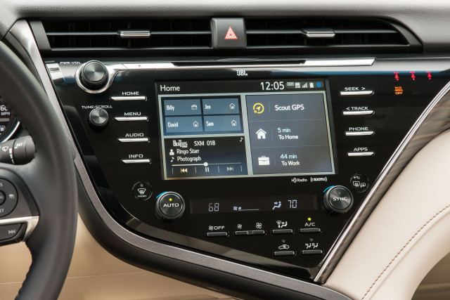 Toyota drops Pandora music streaming from Entune infotainment system