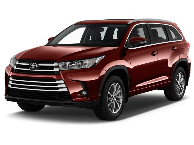 2018 Toyota Highlander XLE V6 AWD (Natl) Angular Front Exterior View