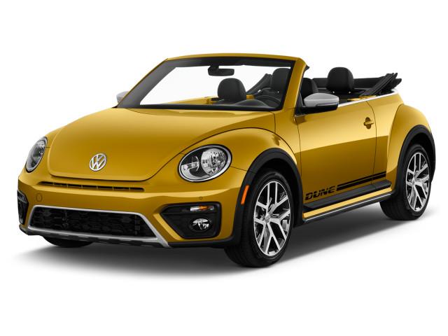 2018 Volkswagen Beetle Convertible Dune Auto Angular Front Exterior View