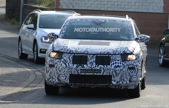 2018 Volkswagen T-Cross spy shots - Image via S. Baldauf/SB-Medien