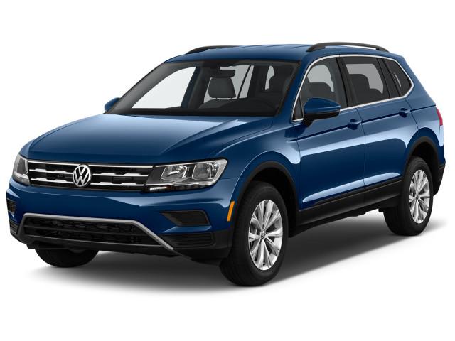 2018 Volkswagen Tiguan 2.0T SE FWD Angular Front Exterior View