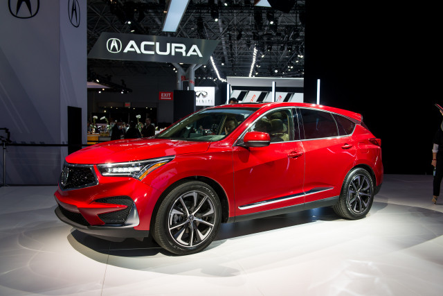 This Weeks Top Photos The New York Auto Show Edition - New car show